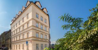 布拉格佩特尔特酒店 - 布拉格 - 建筑