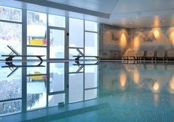 Club Med St. Moritz Roi Soleil - 圣莫里茨 - 游泳池