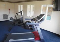 卡利斯费尔布里奇套房及会议中心酒店 - 卡利斯佩尔 - 健身房