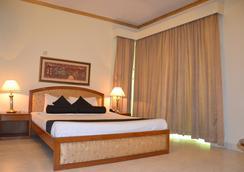 Hotel De Crystal Crown - 达卡 - 睡房