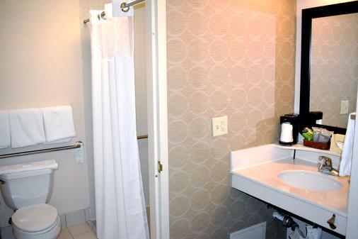 丹佛南园梅多斯购物中心万怡酒店 - 恩格尔伍德 - 浴室