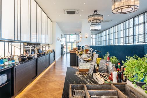 阿尔贝克海滩酒店 - 塞巴特黑灵斯多夫 - 自助餐