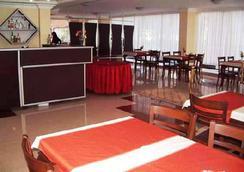 Sinemis Otel - 安塔利亚 - 餐馆