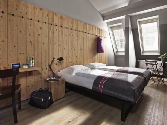 柏林米特简那瑞特酒店 - 柏林 - 睡房