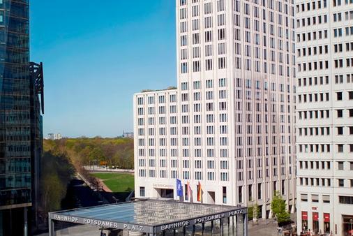 柏林丽思卡尔顿酒店 - 柏林 - 建筑