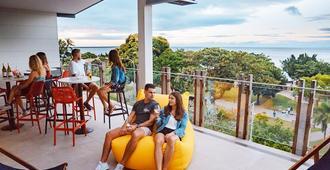 环球背包客海滨酒店 - 凯恩斯 - 露天屋顶