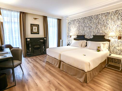 欧洲塞尔科蒂尔酒店 - 圣塞瓦斯蒂安 - 睡房