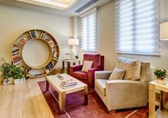 塞尔科蒂尔阿尔卡拉611酒店 - 马德里 - 大厅