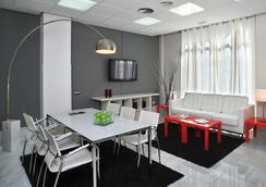 克托陶格马公寓式酒店 - 马德里 - 餐厅