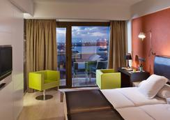 克里斯蒂娜拉斯帕尔马斯斯考特而酒店 - 大加那利岛拉斯帕尔马斯 - 睡房
