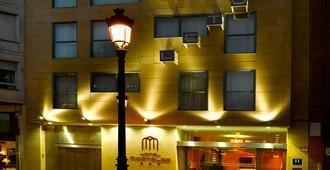 格拉纳达波特尔斯酒店 - 洛格罗尼奥 - 建筑