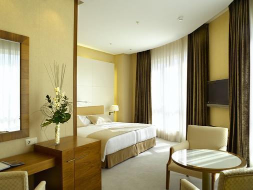 斯考特而索罗拉宫酒店 - 巴伦西亚 - 睡房