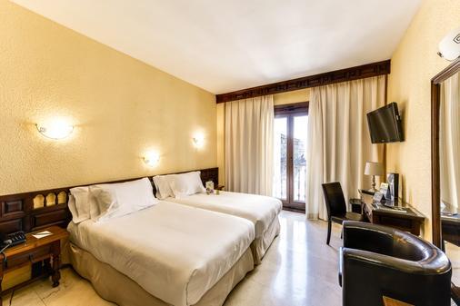 赛尔科特尔阿方索六世酒店 - 托莱多 - 睡房