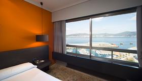 巴伊亚日的维格塞尔科蒂尔公寓酒店 - 维戈 - 睡房