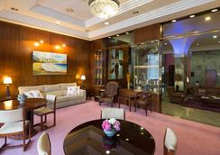 巴伊亚日的维格塞尔科蒂尔公寓酒店 - 维戈 - 休息厅