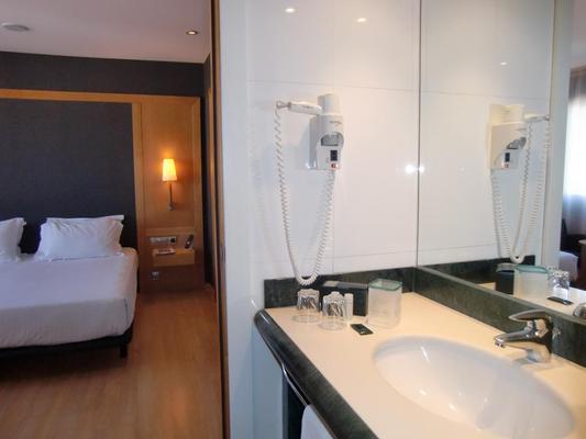 巴塞罗那环球酒店 - 巴塞罗那 - 浴室