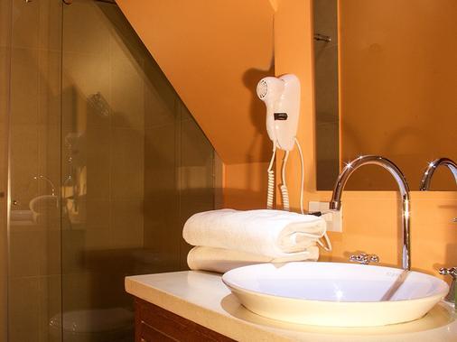 皇家金堡酒店 - 波哥大 - 浴室