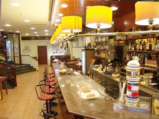 切尔沃勒酒店 - 安道尔城 - 酒吧