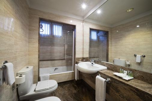 德城奥维多酒店 - 奥维多 - 浴室