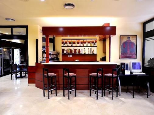 荣誉酒店 - 巴塞罗那 - 酒吧
