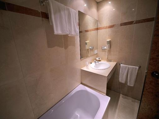 荣誉酒店 - 巴塞罗那 - 浴室