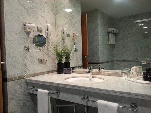 新马德里酒店 - 马德里 - 浴室