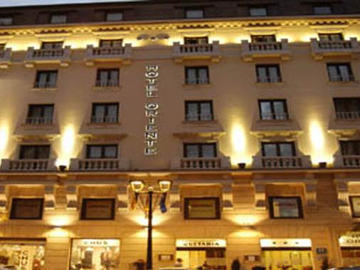 东方酒店 - 萨拉戈萨 - 建筑