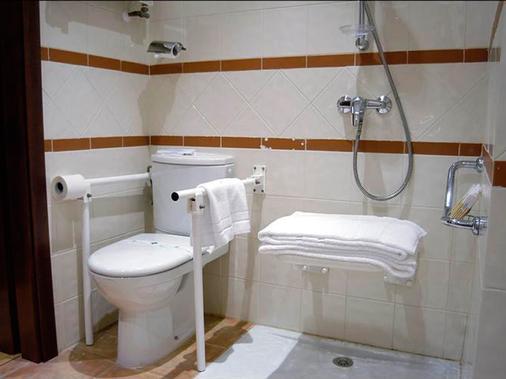 东方酒店 - 萨拉戈萨 - 浴室