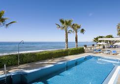 珍珠码头酒店 - 内尔哈 - 游泳池