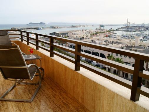 塞尔科蒂尔颇塔马里斯水疗酒店 - 阿利坎特 - 阳台