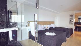 斯考特而德尔玛套房酒店 - 阿利坎特 - 睡房