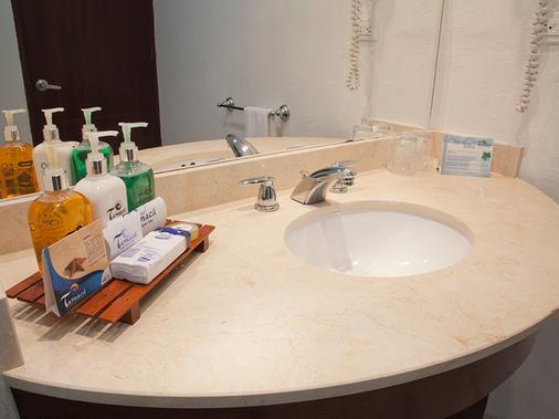 塞尔科蒂尔酒店集团塔马卡海滩度假村酒店 - 圣玛尔塔 - 浴室