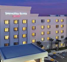 西棕榈滩I-95万豪春丘套房酒店