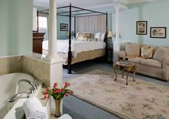 Hampton Terrace Inn - 莱诺克斯 - 睡房