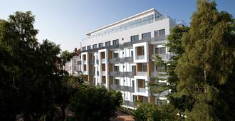 阿尔贝克斯特兰德酒店 - 塞巴特黑灵斯多夫