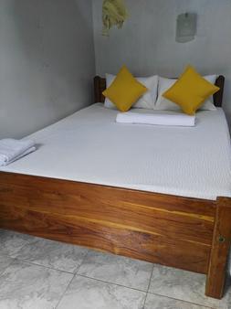 丹布勒山旅馆 - 丹不拉 - 睡房
