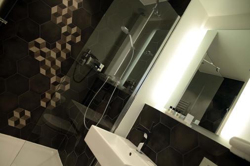 枫丹白露宫酒店 - 巴黎 - 浴室