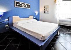 撒丁岛阳光和大海旅馆 - 阿尔盖罗 - 睡房