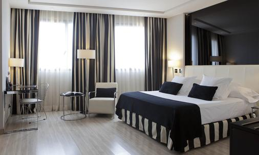 迈德里特酒店 - 马德里 - 睡房