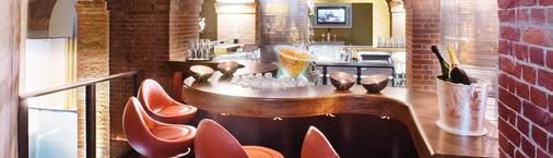 汉堡慕温匹克酒店 - 汉堡 - 酒吧