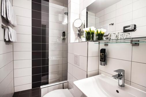 慕尼黑阿波罗酒店 - 慕尼黑 - 浴室
