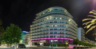 卡莉波利斯酒店 - 锡切斯 - 建筑