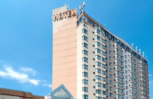 桑德曼标志米西索加酒店 - 米西索加 - 建筑