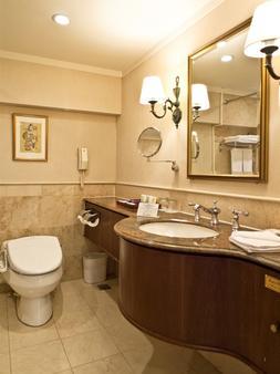 台北华国大酒店 - 台北 - 浴室