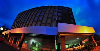 布里斯旅馆酒店 - 戈亚尼亚