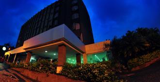 布里斯旅馆酒店 - 戈亚尼亚 - 建筑