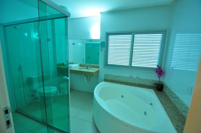 布里斯旅馆酒店 - 戈亚尼亚 - 浴室