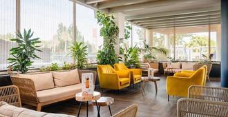阿莱歌利亚卡布里奇维德酒店 - 圣苏珊娜 - 休息厅