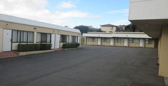 亚伯塔斯曼机场汽车旅馆 - 伦瑟斯顿 - 建筑