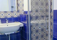 圣天使托雷酒店 - 伊斯基亚 - 浴室